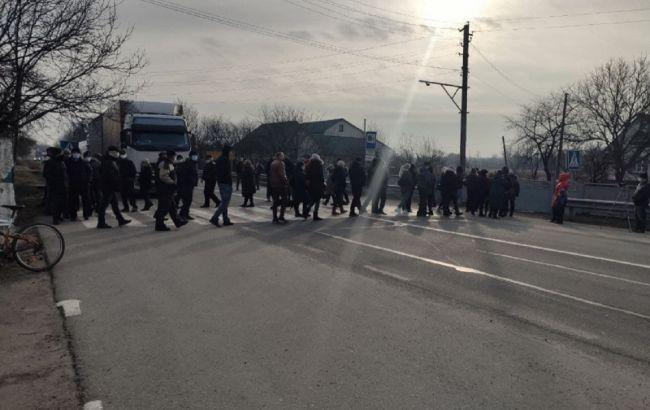 Города Украины поднялись на протест из-за тарифов на газ, люди перекрывают трассы