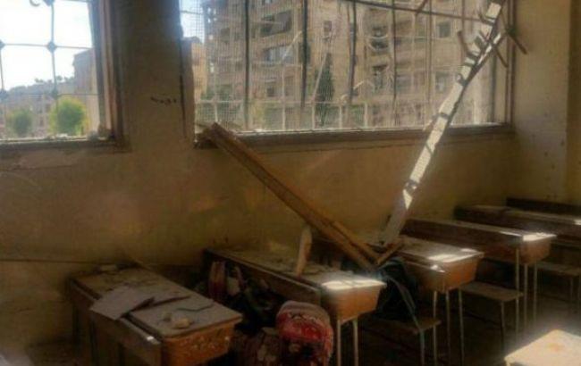 Фото: обстрелянная школа в Алеппо