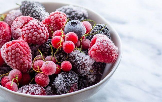 Шкідливі для здоров'я: нутриціолог розповіла, що не так із замороженими ягодами в супермаркеті