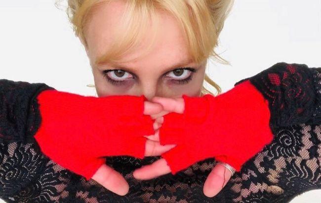 """Вона в небезпеці? Брітні Спірс налякала фанатів серією тривожних постів з """"кодовим словом"""""""