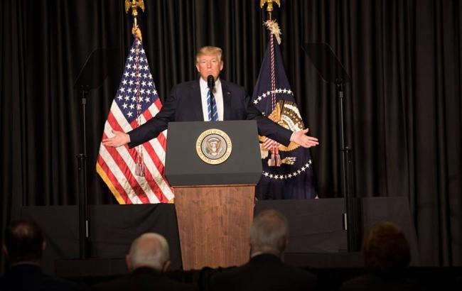 Знаменитості просять імпічменту Трампа після звільнення директора ФБР