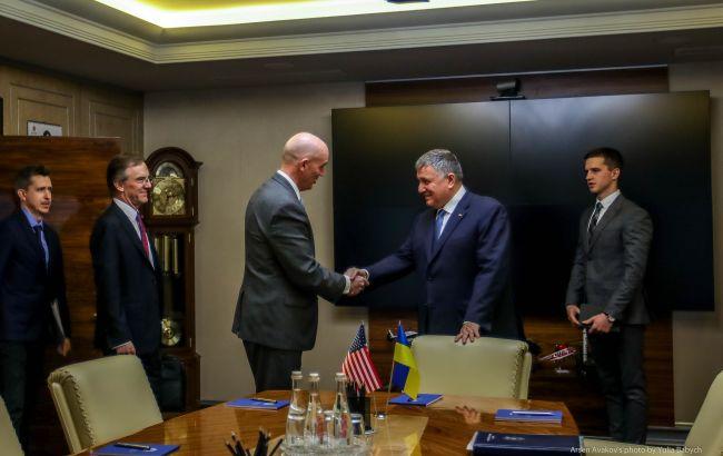 Україна та США співпрацюватимуть щодо протидії наркозлочинності