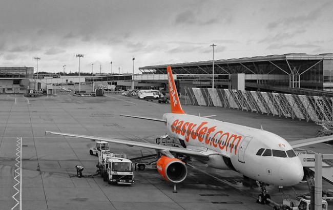 Фото: самолет EasyJet (andy_holding flickr.com)