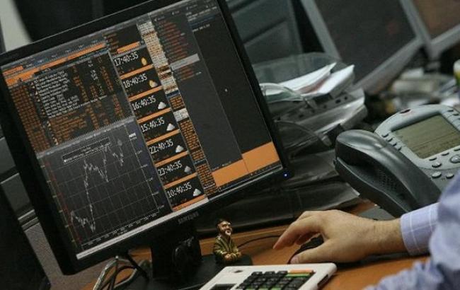 Объем контрактов на фондовой бирже ПФТС в ноябре снизился на 44,7% - до 7,51 млрд грн