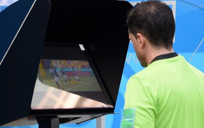 Вперше на чемпіонаті світу арбітр призначив пенальті після відеоповтору