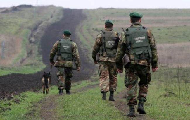 Пограничники зафиксировали 4 беспилотника на границе с Крымом