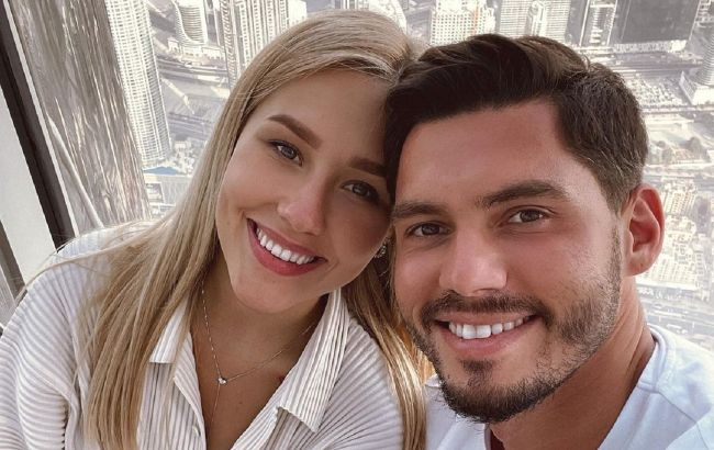 Моя гордость и мое сердце: Добрынин и Квиткова отмечают первую годовщину брака