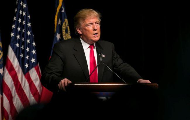 Трампу хочуть заборонити самостійно виходити з міжнародних договорів