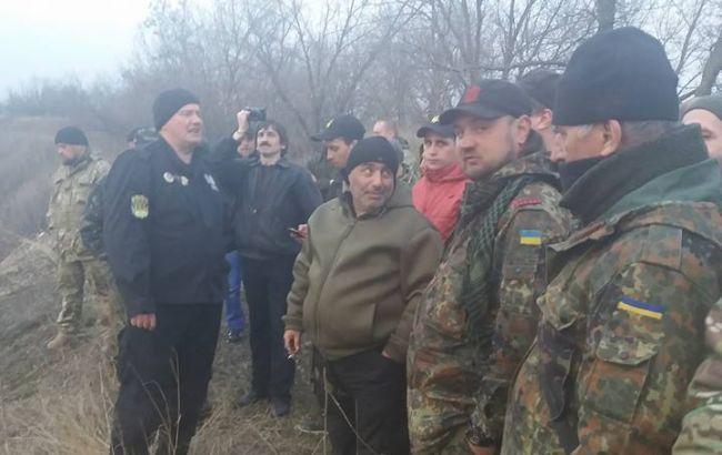 Учасники блокади заявляють про стрілянину на одному з редутів в Донецькій області