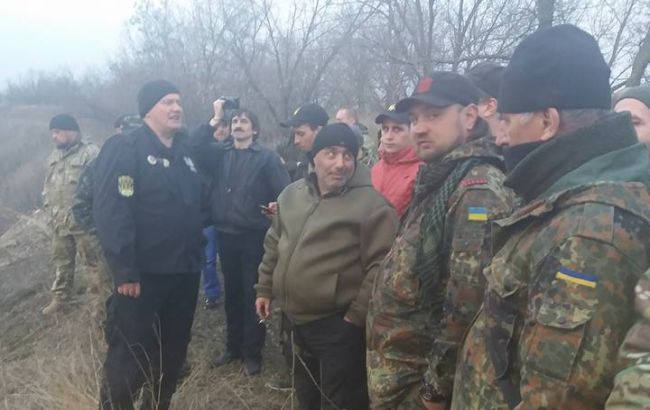 Фото: учасники блокади Донбасу