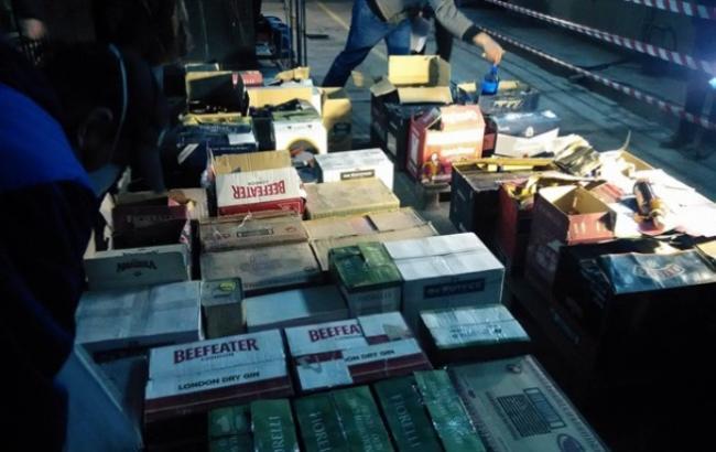 В Одесі спалили в печі 4 тисячі літрів небезпечного алкоголю