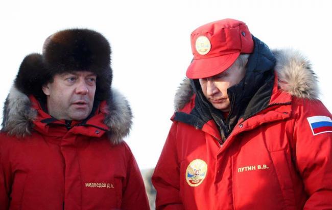 У мережі посміялися над поїздкою перших осіб РФ на Землю Франца-Йосифа
