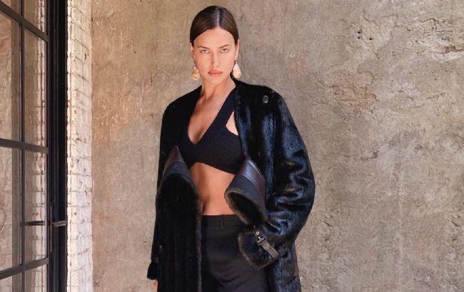 У шубі і шортах: напівоголена Ірина Шейк захопила розкішною фігурою