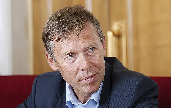 Соболев: ВР должна отменить повышение тарифов и продлить мораторий на продажу земли