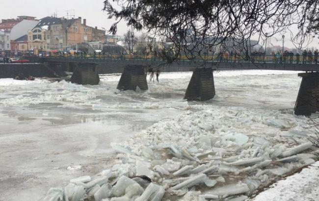Из-за ледового затора вСловакии есть угроза подтопления Ужгорода