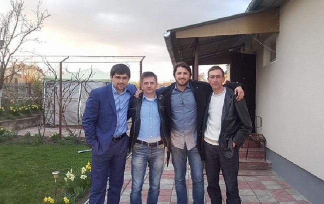 Фото: Сергей Притула с братьями (facebook.com/serhiyprytula)