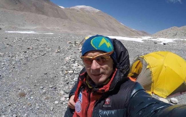 Український викладач підкорив Еверест