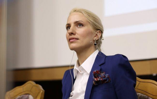 Фото: нардеп Светлана Залищук
