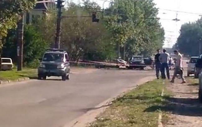 Фото: місце вибуху авто Плотницького