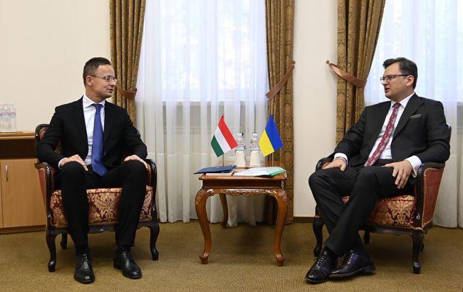 """Газовий контракт Угорщини з """"Газпромом"""". Чим ризикує Україна через угоду"""
