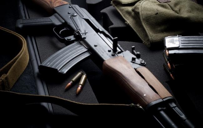 Фото: затримані поставляли зброю з України в Білорусь