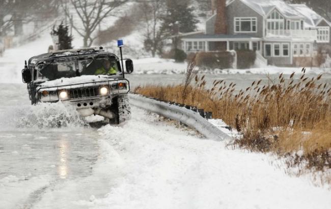 В США через снігопад в штаті Нью-Йорк загинуло 12 людей