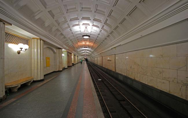 """Фото: работа станций метро """"Театральная"""" и """"Арсенальная"""" восстановлена"""