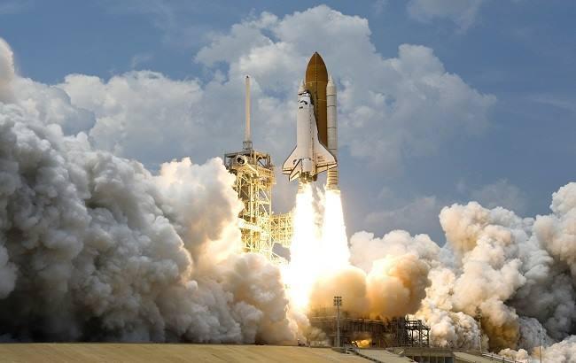 Фото: Запуск ракеты (pixabay.com/WikiImages)