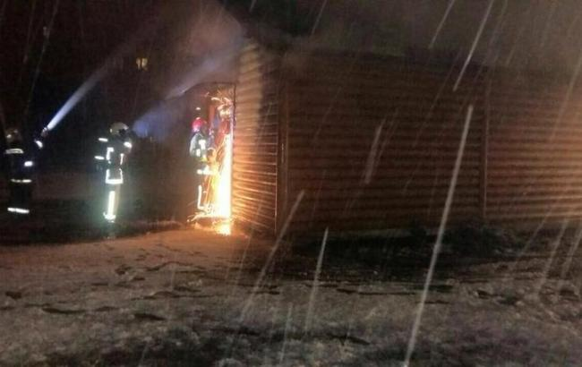 Фото: пожежа в дерев'яній церкві у Львові (Ігор Зінкевич / Facebook)