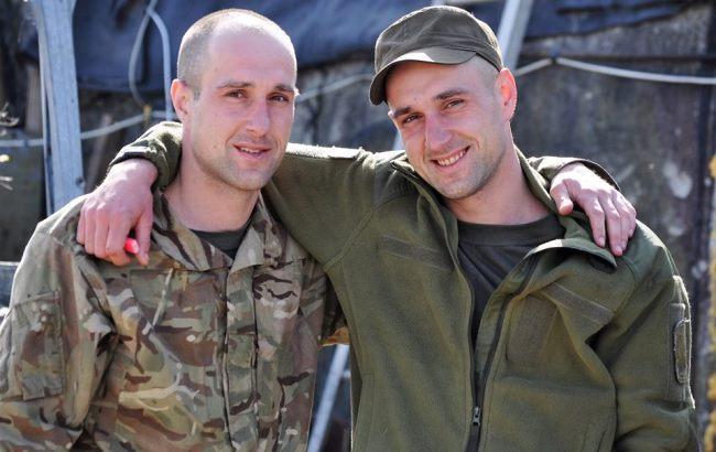 Волонтер показала фото українських воїнів на передовій