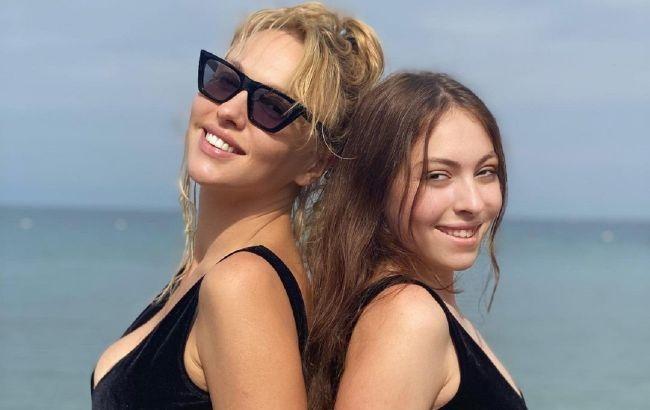 Одно лицо: дочь Оли Поляковой покорила сеть стильным фото со звездной мамой