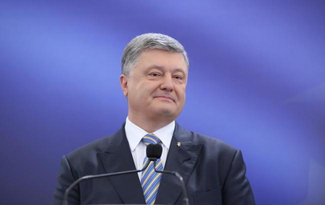 Україна демонструє економічне зростання протягом останніх 5-6 кварталів, - Порошенко