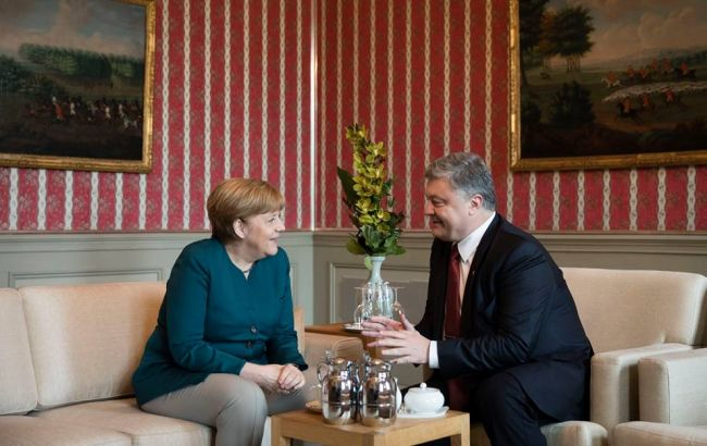 Фото: Петр Порошенко на встрече с Ангелой Меркель