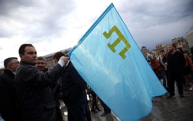 Фото: Флаг крымских татар (РБК-Украина)
