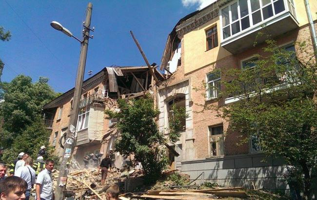 Фото: вибух у житловому будинку в Києві (facebook.com/golsvkiev)
