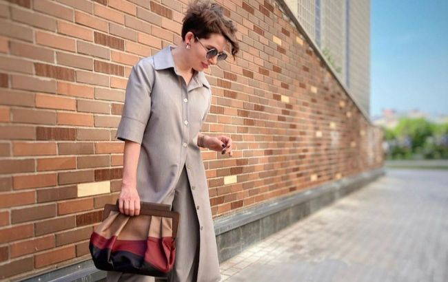 Базовый серый идет всем: стилист показала, как носить главный оттенок сезона