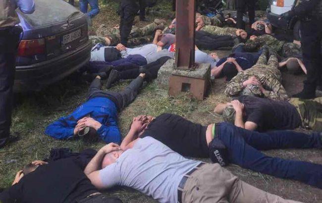 """Аваков оголосив """"жорстку лінію"""" боротьби з рейдерами в Україні"""