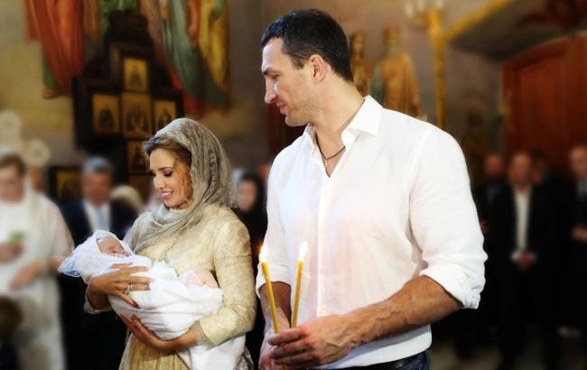 Оксана Марченко и Владимир Кличко стали крестными родителями