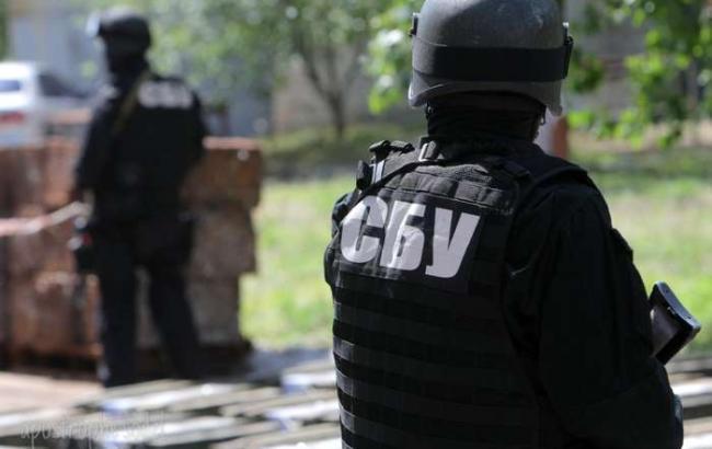 СБУ виявила схованки зі зброєю в Херсонській і Тернопільській областях