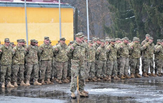 Во Львовскую область прибыли иностранные военные инструкторы