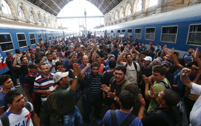 Угорщина приступила до зведення огорож на кордоні зі Словенією