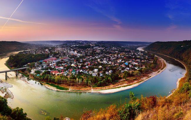"""""""Город-остров"""": что посмотреть в одной из самых интересных локаций Тернопольщины"""