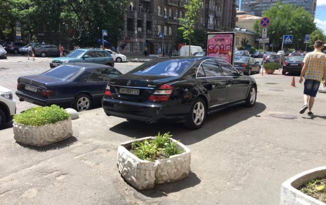 Фото: Машина автохама (facebook.com/den.kazansky)