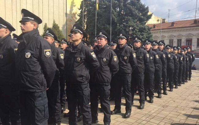 Фото: старт патрульної поліції в Чернівцях