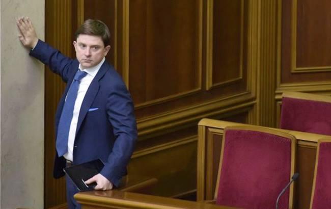 Холодницкий подписал представление оснятии неприкосновенности сДовгого