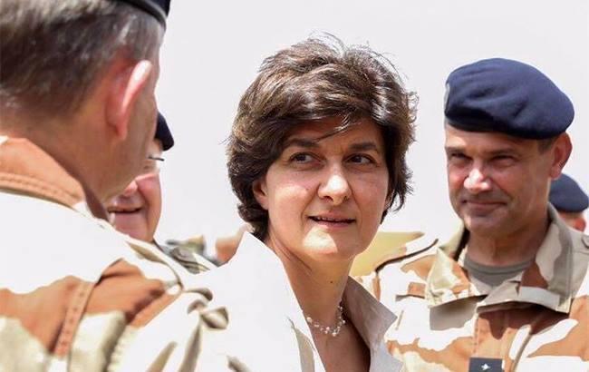 Фото: міністр оборони Франції Сільві Гулар (facebook.com/sgoulard)