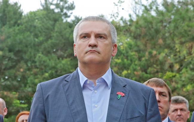 У соцмережах порівняли зарплати чиновників з доходами пересічних кримчан