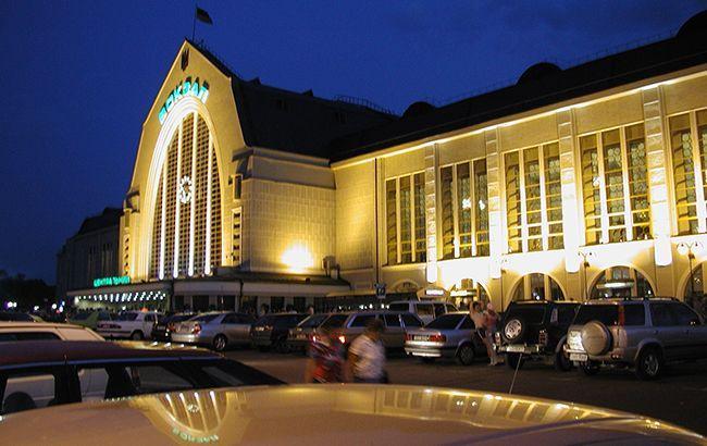 УЗ продлила работу касс вокзала станции Киев-Пассажирский до полуночи