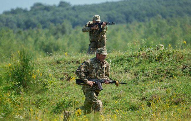 В зоні АТО за добу загинув один український військовий, ще 3 поранені