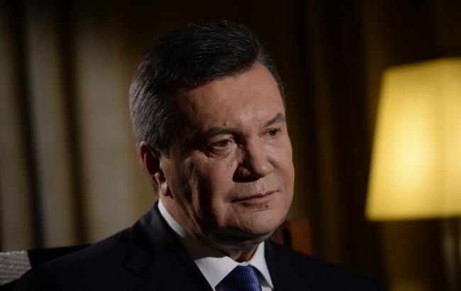Фото: сегодня состоялся допрос Виктора Януковича